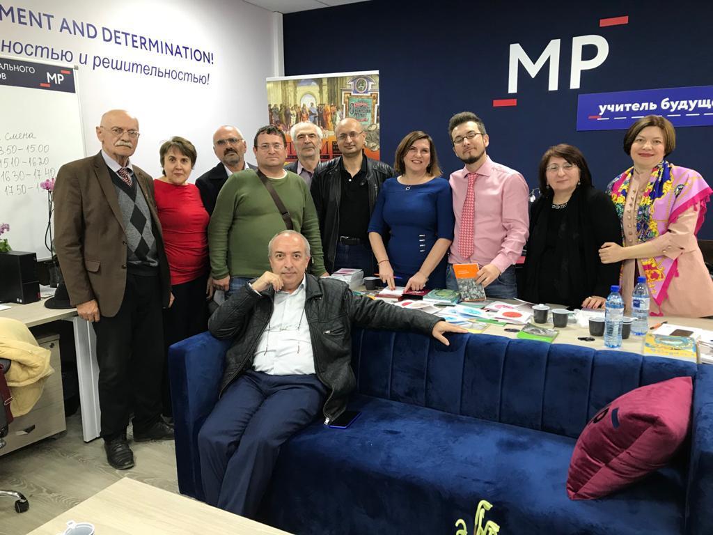 28 апреля в 15.00 в Махачкале на площадке института развития образования проведена встреча творческих союзов республики Дагестан
